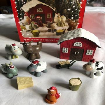 Bondegård med juledyr